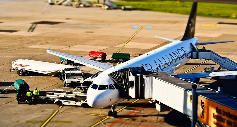 Безопасност при работа на летища